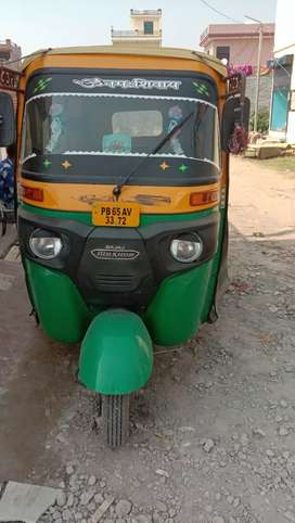 Auto-rickshaw sale CNG with permitted good condition
