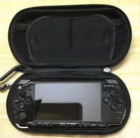 Sony PSP lite 2nd gen (2007) with box nd game