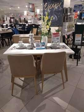 Meja makan dining set