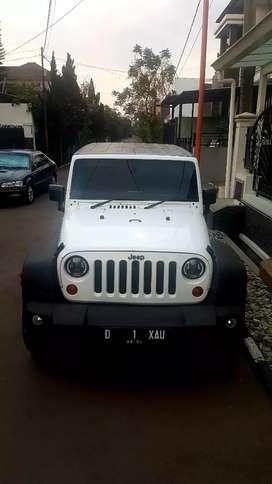 Jeep wrangler rubicon sahara jk