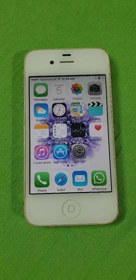Apple iPhone 4S. Original iPhone, 3G, WhatsApp supported