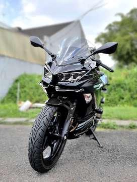 Kawasaki Ninja 250 SE MDP ABS Keyless Hitam 2019 SUPER LOW KM 1.xxx