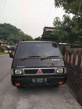 Mitsubishi L300 PU 2011