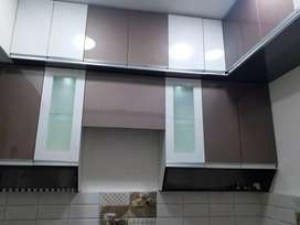 2 bhk all wooden work complete available on rent