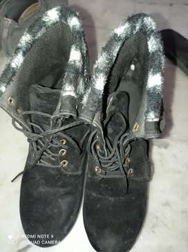 Shoes for winters
