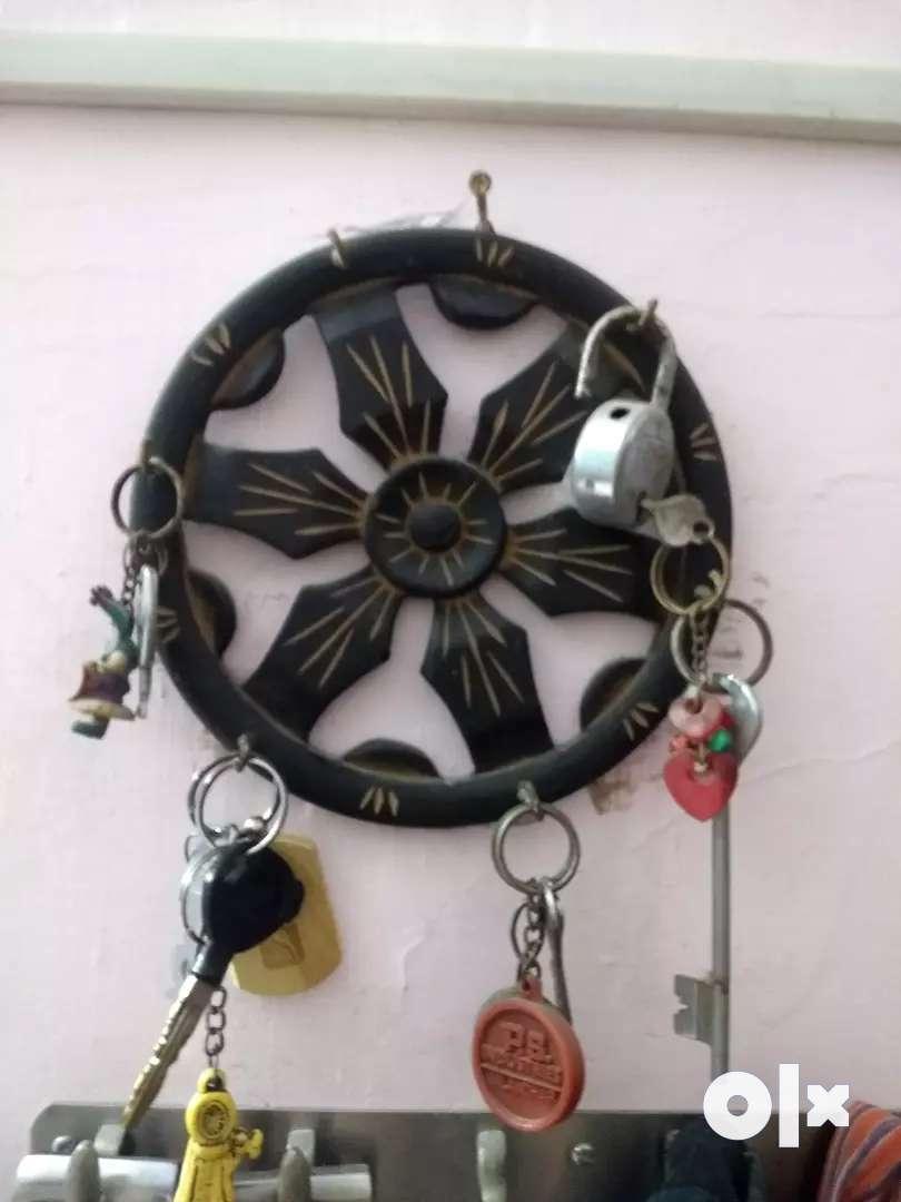 Wooden Key hanger 0