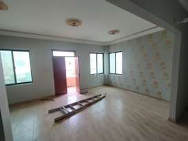 Beaufifull 400yrd 3bed 4bath big terrace Paint hous vip block 3 johar