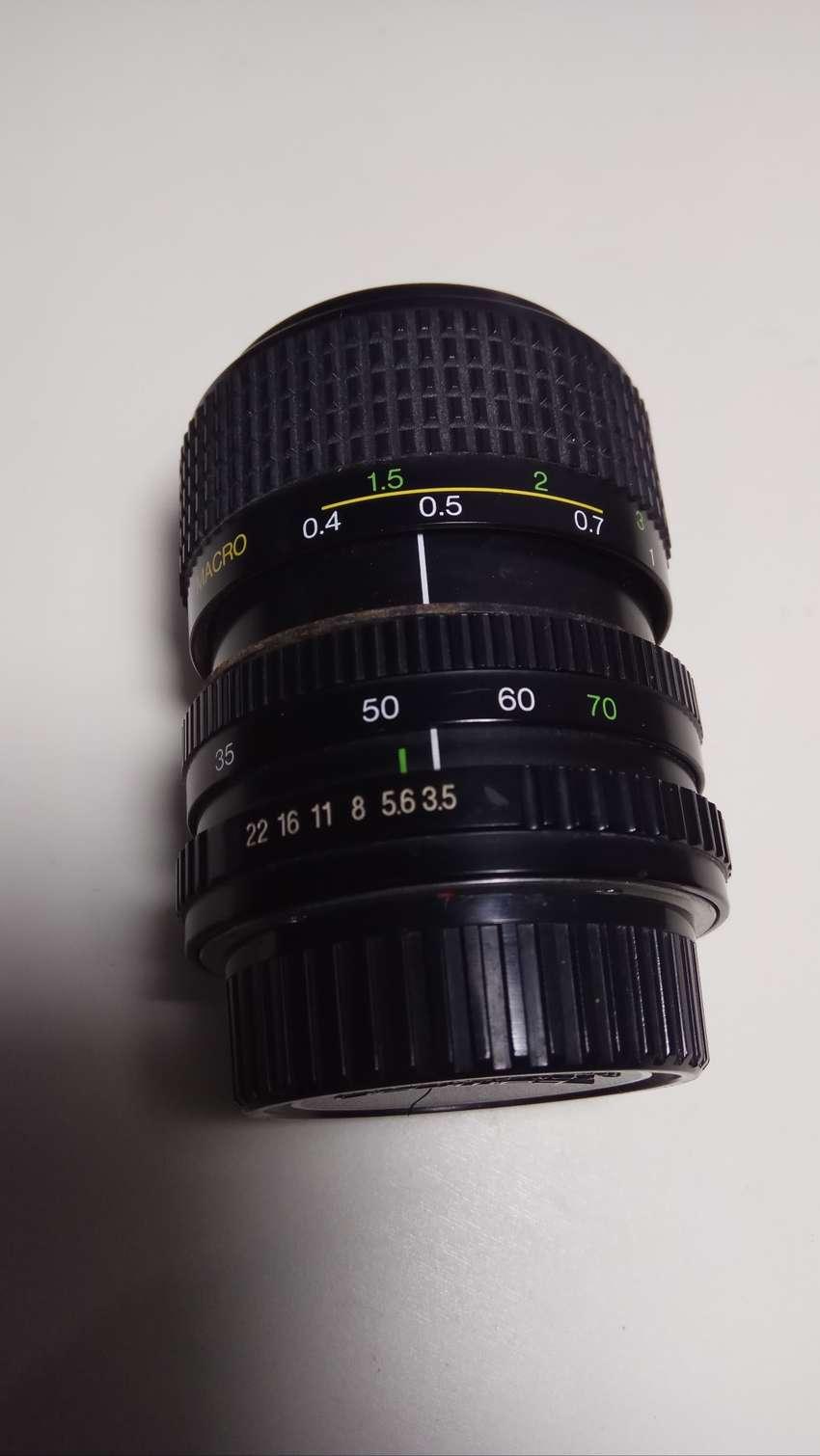 Lensa FD Cosina 35-70mm 0