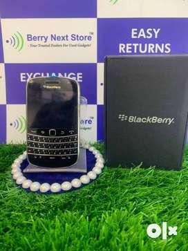 BRAND NEW - BlackBerry Bold 4 9900 - NEW SEALED PACK - FRESH PHONE
