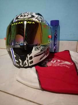 Helm full face kyt rc7