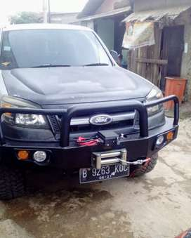 Bumper depan ford ranger / everest