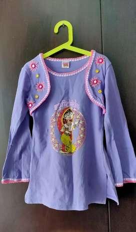 Baju ungu etnik