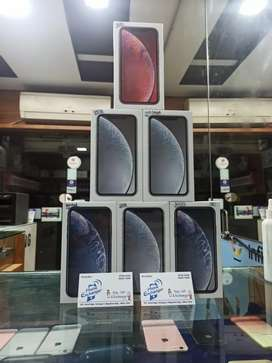 i phone xr new available .