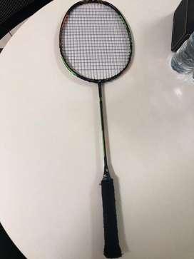 Raket badminton yonex duora 10