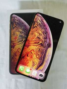 I phone xs max 64gb 6 months old dual sim