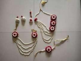 Baby shower jewellery