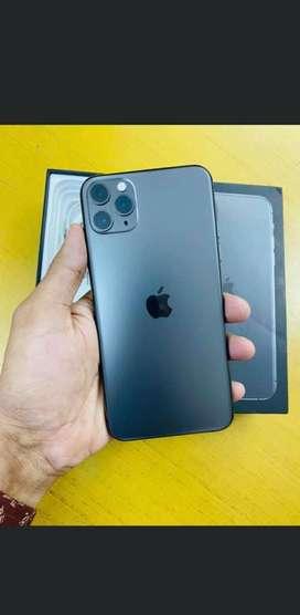 Iphone 11 pro max 256gb Midnight green under warranty