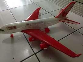 Miniatur pesawat terbang