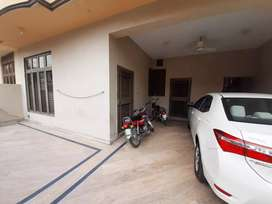 10 Marla house upper portion 3 bed for rent