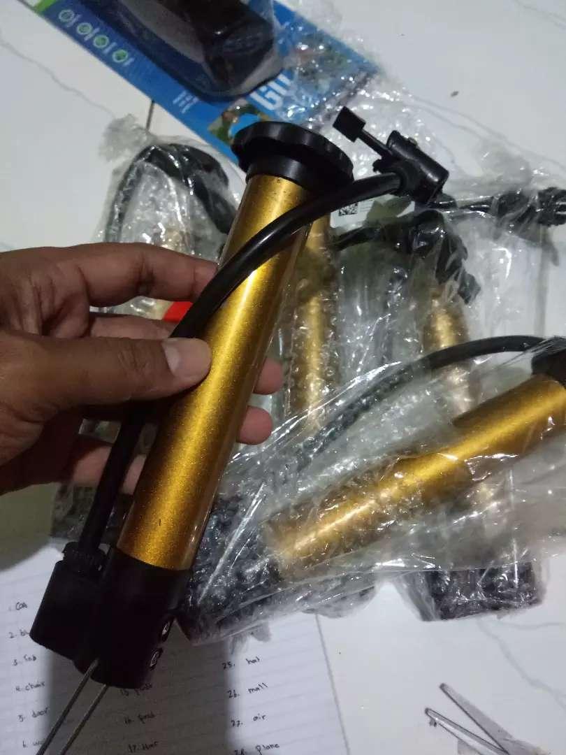 Pompa sepeda motor 0
