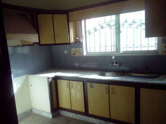 3 bed flat for rent 0