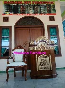 Mimbar masjid podium mahkota