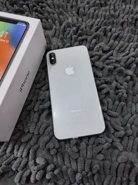 iPhone X 64gb Silver Mulus !!