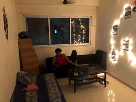 Searching for a Male Flatmate at Oshiwara