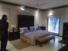 4 Bedroom fully fuirnshed apartment available for Rent