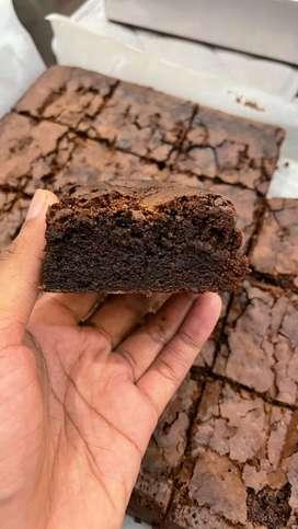 Dicari Tenaga kerja harian pengalaman pastry dan baking