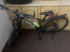 Mountain bike almost new. Hardly 2 days used