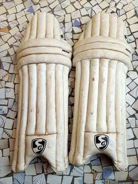 Cricket pads 08-10 age boys