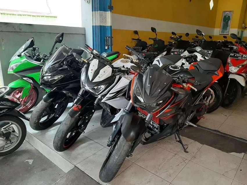 Buruan ada Kawasaki Ninja 250 melayani cash dan kredit 0