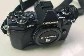 OLYMPUS OMD EM5 MK2