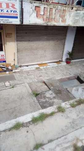 Rent double shutter shop