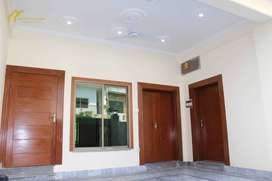 40*80 beautiful house available in G-9/1 for sale