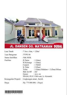 Rumah Lingungan Aman dan Bersih Berlokasi di Danau Sentarum
