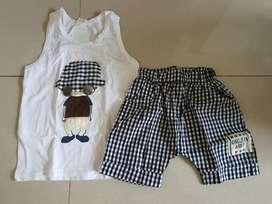 Baju 1set untuk anak usia 1th