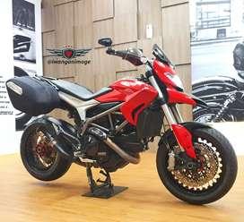 Ducati Hyperstrada 821 ABS, radiator fp plat L, velg Kineo, knalpot SC