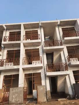 Total cost 7 lakh Down-payment 250000 Balens payment ezyi Installments