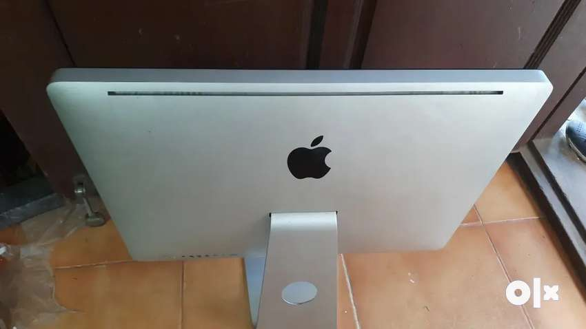 APPLE IMAC 2011 YEAR A1311 I5 2GN/ 8GB / 320GB  30 NOS AVIL VADAPLANI