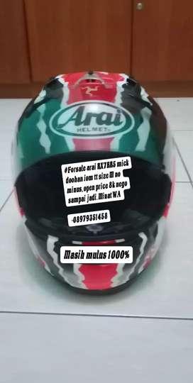 Helm Arai RX7RR5