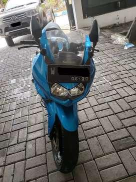Dijual cepat Kawasaki Ninja 250 cc 2010