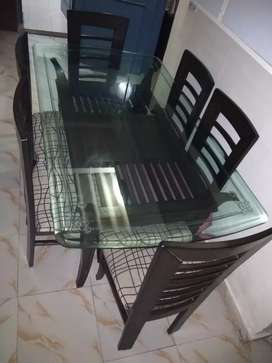 Six seater dinning table