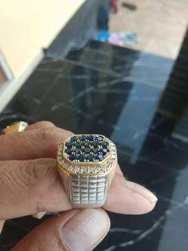 Cincin berlian ada memo