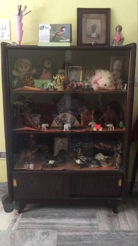 Wooden Showcase - Good condition