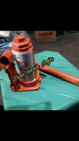(Dian Teknik bka smp mlm) Dongkrak hidraulik 2 ton Baru fullset