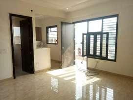 1singke room for rent in Saket