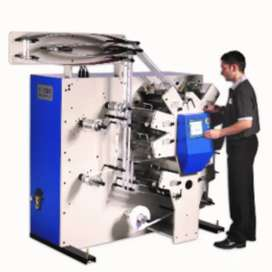 Printing label machine operater