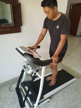 Treadmill elektrik tipe venice (best seller) dengan gransi resmi